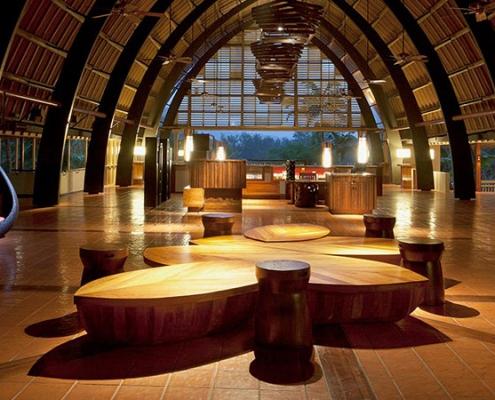 Holiday Inn Resort Vanuatu lobby 1