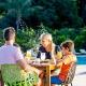 hirv vanuatu family at restaurant