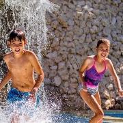 kids in holiday inn resort pool