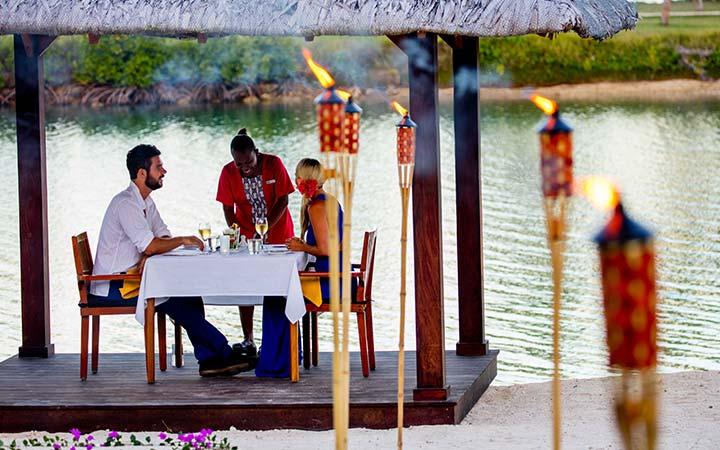 romantic dinner holiday inn